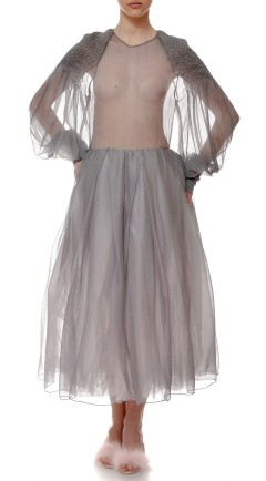 vestido MAYTHE